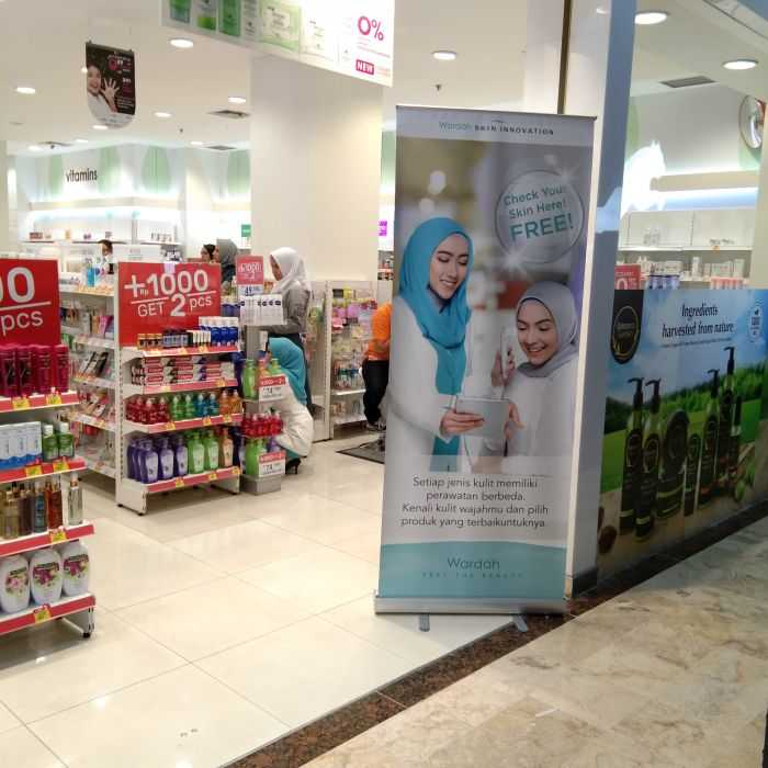 wardah banner skin check-up